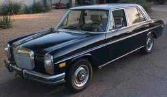 1972 Mercedes-Benz 1972 MERCEDES-BENZ 250 W114