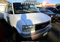 2005 GMC Safari Passenger Van