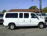 2006 Ford E-Series Wagon XL Wagon