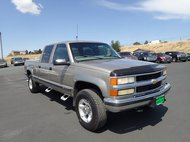 2000 Chevrolet C/K 2500 4DR 154.5  WB 4WD