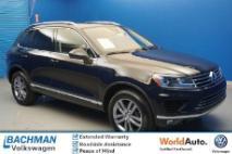 2016 Volkswagen Touareg VR6 Lux
