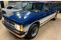 1993 Chevrolet S-10 Ext. Cab Short Bed 2WD