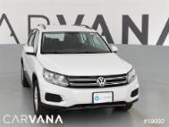 2016 Volkswagen Tiguan S